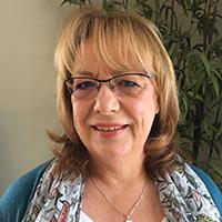 Dr Linda MacDonald